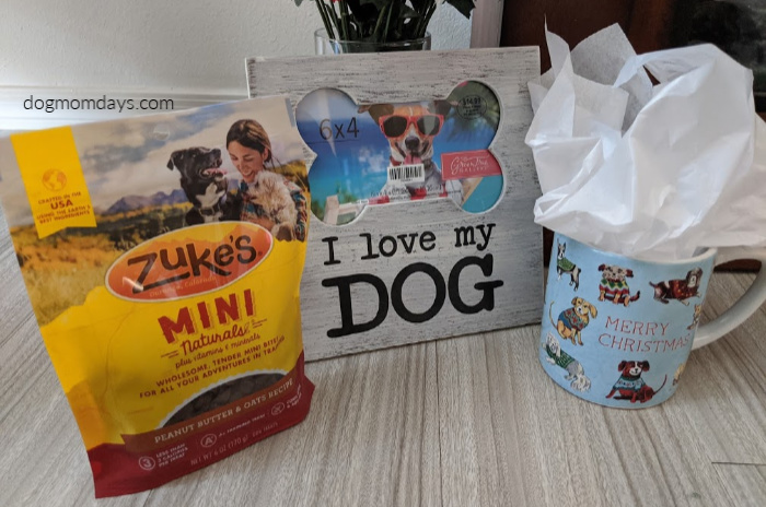 Christmas Giveaway for Dog Moms
